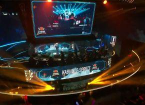 Cloud9 confirma favoritismo e vence KaBuM na estreia no Mundial de League of Legends 2018