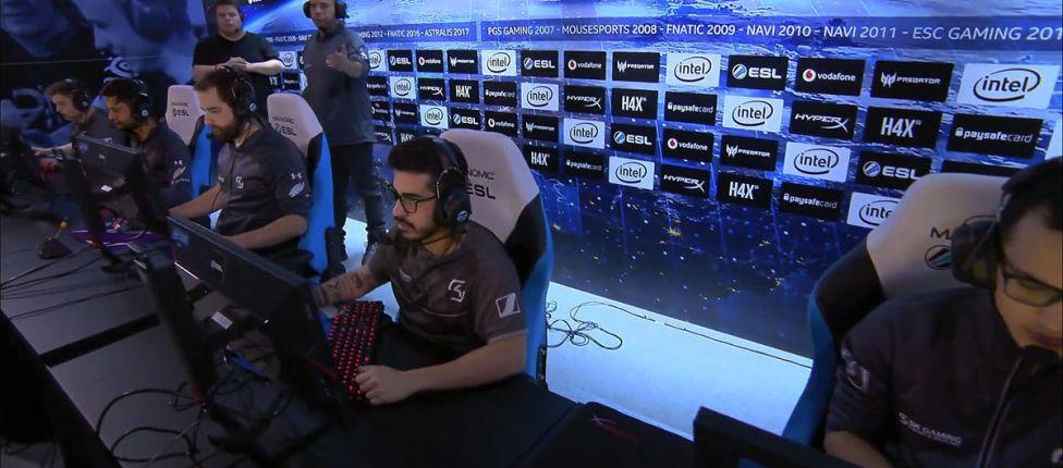 Jogadores da SK reclamam de problemas nos computadores na derrota para a Astralis