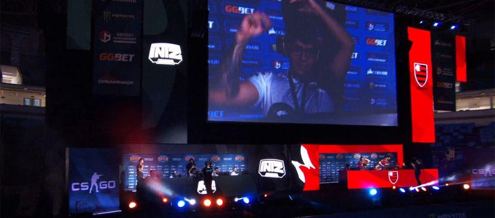Em showmatch de LoL na DreamHack Rio, INTZ vence Flamengo mais uma vez