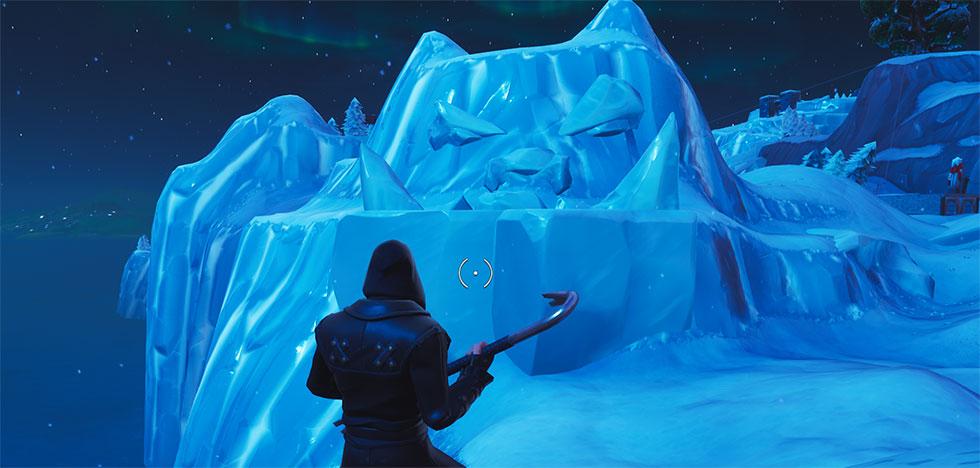 Rosto Gigante na neve