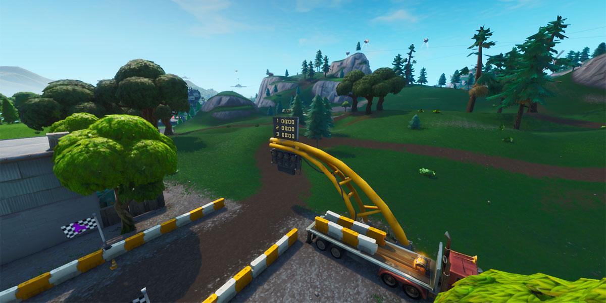Percurso de corrida gramado no Fortnite